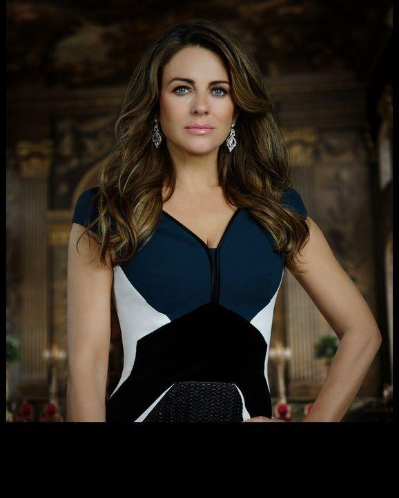 (2. Staffel) - Um wieder an die Macht zu kommen, geht Helena (Elizabeth Hurley) über Leichen ... - Bildquelle: 2015 E! Entertainment Media LLC/Lions Gate Television Inc.