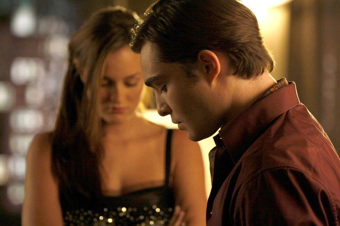 Werden sie endlich zusammenfinden? Chuck (Ed Westwick, r.) und Blair (Leighton Meester, l.) ... - Bildquelle: Warner Bros. Television