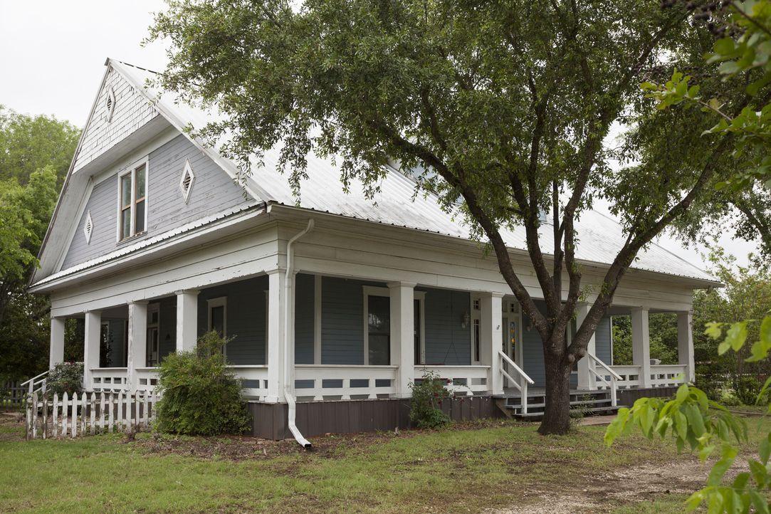 Nach 17 Jahren in Pakistan kommt Familie Ramsey zurück in die USA und kauft das Haus online, ohne es zuvor besichtigt zu haben - gibt es bei der ers... - Bildquelle: 2017, Scripps Networks, LLC. All Rights Reserved.