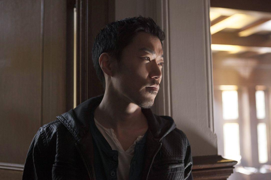 Bekommt einen gefährlichen Spionage-Auftrag: Russell (Aaron Yoo) ... - Bildquelle: Warner Bros. Entertainment, Inc