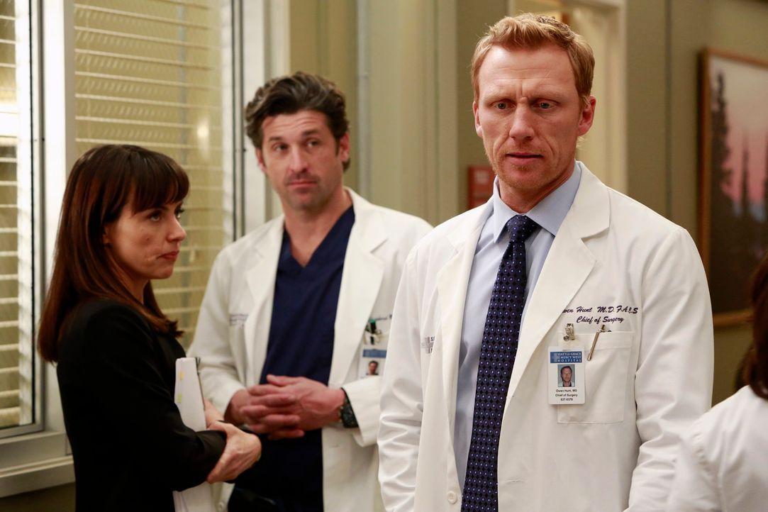 Dr. Alana Cahill (Constance Zimmer, l.) ist Beraterin des Seattle Grace Hospitals und weiß genau um die finanzielle Lage des Krankenhaus Bescheid. D... - Bildquelle: ABC Studios