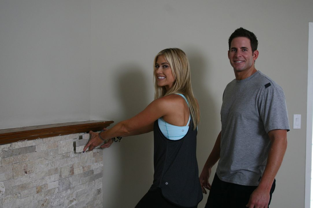 Packen gemeinsam an: Christina (l.) und Tarek El Moussa (r.) ... - Bildquelle: 2014,HGTV/Scripps Networks, LLC. All Rights Reserved