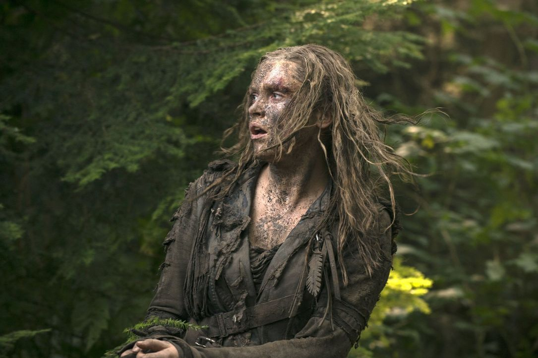 Clarke (Eliza Taylor) nimmt die Dinge selber in die Hand und hofft dadurch ihre Freunde wiederzufinden ... - Bildquelle: 2014 Warner Brothers