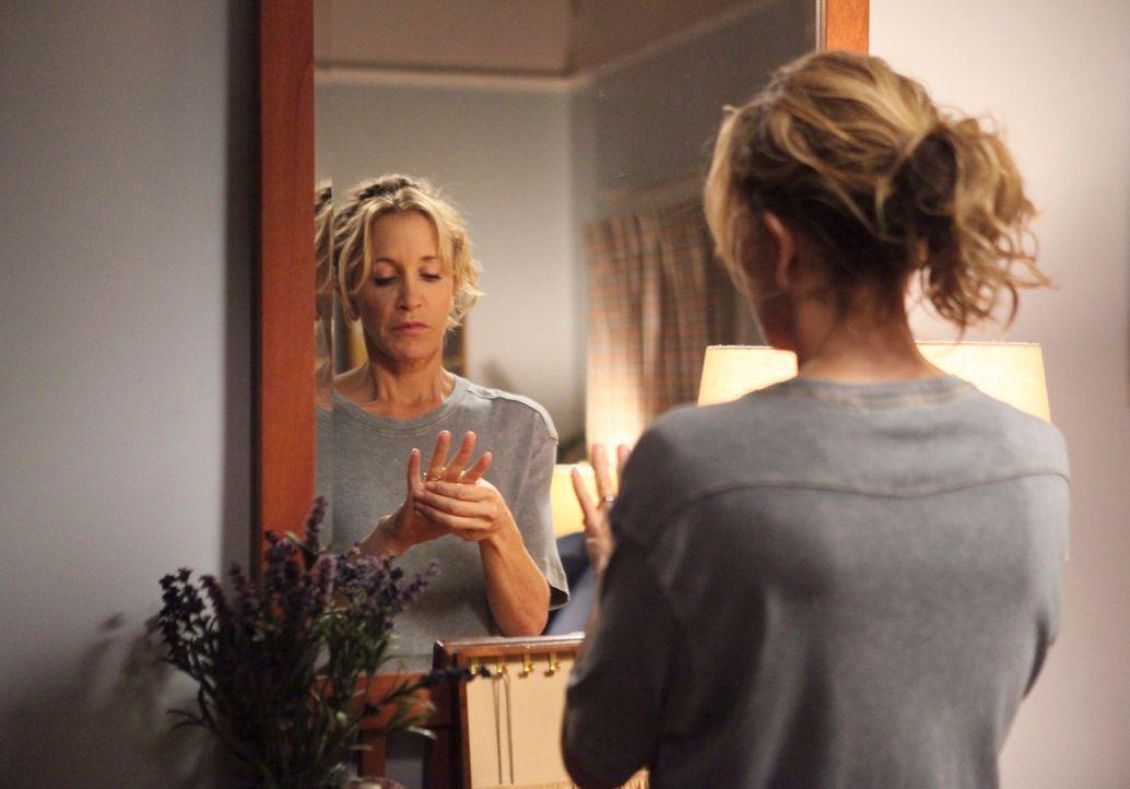 Ist fest davon überzeugt, ihre Ehe zu retten. Doch dabei gerät Lynette (Felicity Huffman) in eine äußerste peinliche Situation ... - Bildquelle: ABC Studios