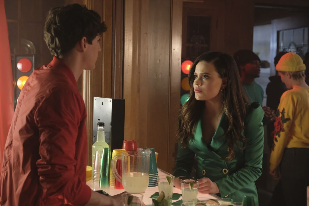 Parker (Nick Hargrove, l.); Maggie Vera (Sarah Jeffery, r.) - Bildquelle: Michael Courtney 2019 The CW Network, LLC. All Rights reserved.