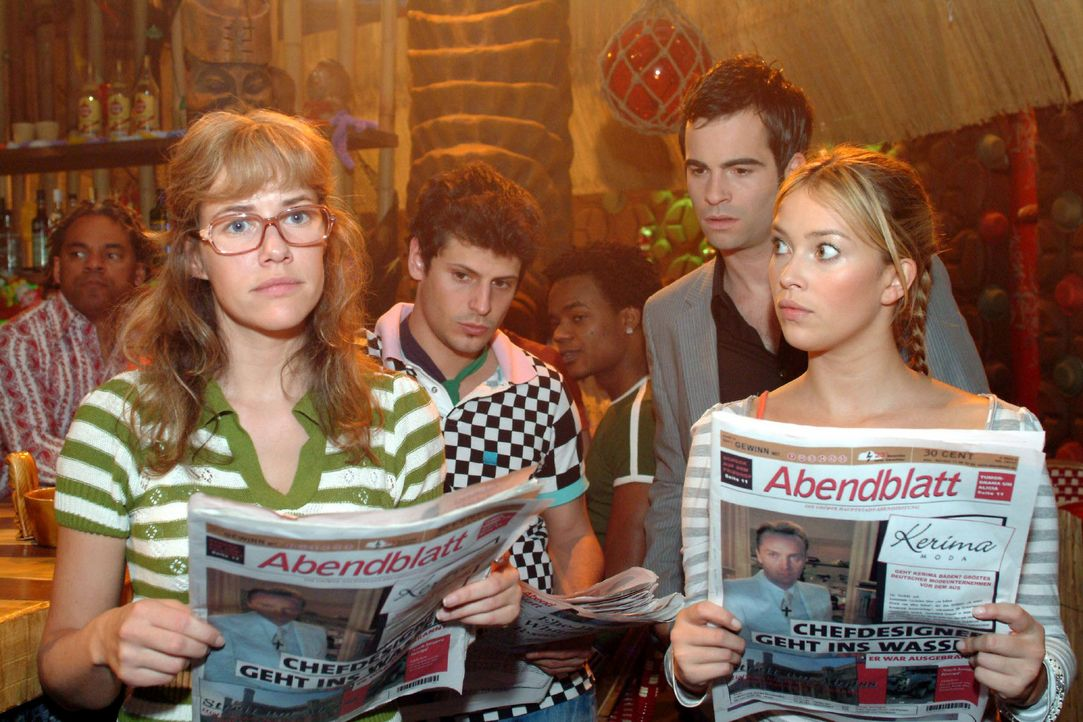 Lisa (Alexandra Neldel, l.), Rokko (Manuel Cortez, 2.v.l.), David (Mathis Künzler, 2.v.r.) und Hannah (Laura Osswald, r.) sind entsetzt, was die Ze... - Bildquelle: Monika Schürle Sat.1