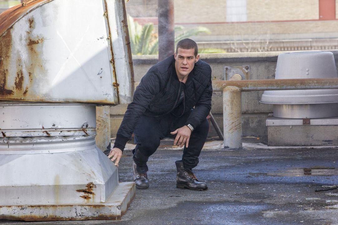 Während Drake (Greg Finley) und seine Freunde versuchen, den Bombenanschlag zu verhindern, erkennt Gloria, dass sie nicht mehr die einzige Mutter ei... - Bildquelle: 2014 The CW Network, LLC. All rights reserved.
