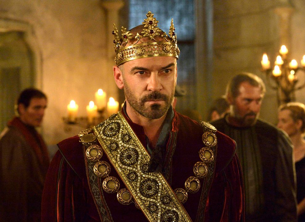 König Henry II. (Alan Van Sprang) ist nicht nur ein mächtiger Herrscher, sondern auch ein großer Verführer und Liebhaber der Frauen ... - Bildquelle: Ben Mark Holzberg 2013 The CW Network, LLC. All rights reserved.
