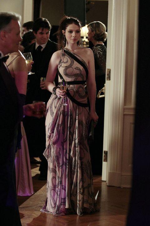 Georgina (Michelle Trachtenberg) ist zurück in New York und mischt sich gleich wieder in die momentanen Probleme ihrer ehemaligen Freunde ein ... - Bildquelle: Warner Bros. Television