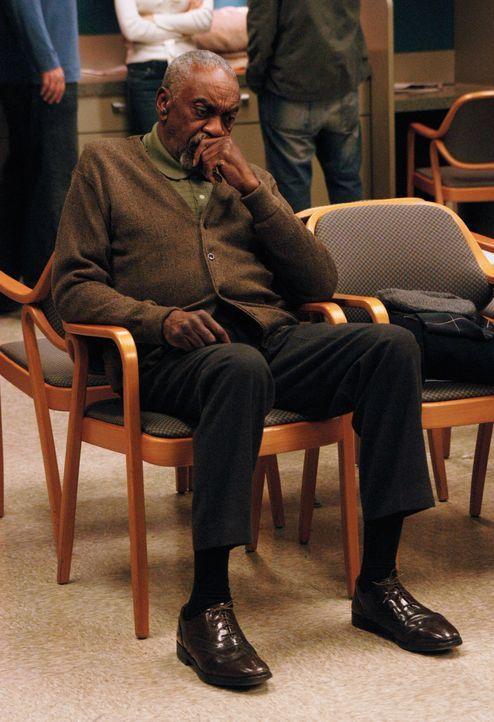 Mr. Bolivar (Bill Cobbs) beobachtet Nick und Hannah im Krankenhaus. Er ist sich sicher, dass sich die beiden noch immer lieben ... - Bildquelle: 2007 American Broadcasting Companies, Inc. All rights reserved.