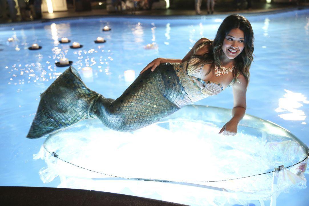 Noch ahnt Jane (Gina Rodriguez) nicht, dass ihr Leben bald eine ganz andere Wendung nehmen wird ... - Bildquelle: 2014 The CW Network, LLC. All rights reserved.