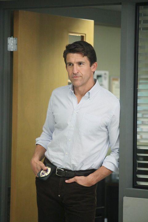 Bree ist verzweifelt, da ihre Freundinnen ihr die Schuld daran geben, dass Chuck (Jonathan Cake) sie nun alle verdächtigt, etwas mit Alejandros Vers... - Bildquelle: ABC Studios
