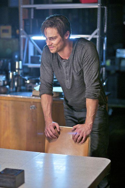 Unterstützt Cat bei den Ermittlungen in einem neuen Mordfall: Vincent (Jay Ryan) ... - Bildquelle: 2012 The CW Network, LLC. All rights reserved.