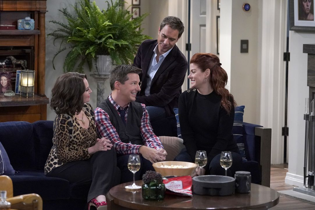 (v.l.n.r.) Karen (Megan Mullally); Jack (Sean Hayes); Will (Eric McCormack); Grace (Debra Messing) - Bildquelle: Chris Haston 2018 Universal Television LLC. ALL RIGHTS RESERVED./Chris Haston / Chris Haston
