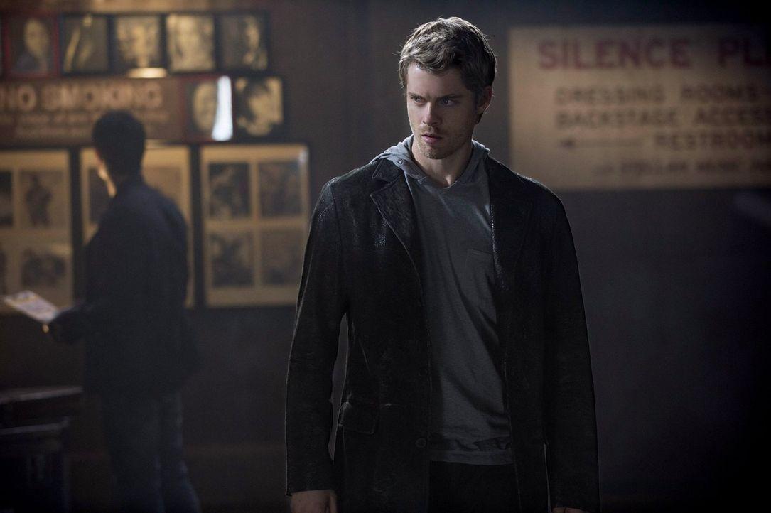 Töten oder getötet werden, das ist das Motto mit dem John (Luke Mitchell) aufgewachsen ist ... - Bildquelle: Warner Bros. Entertainment, Inc