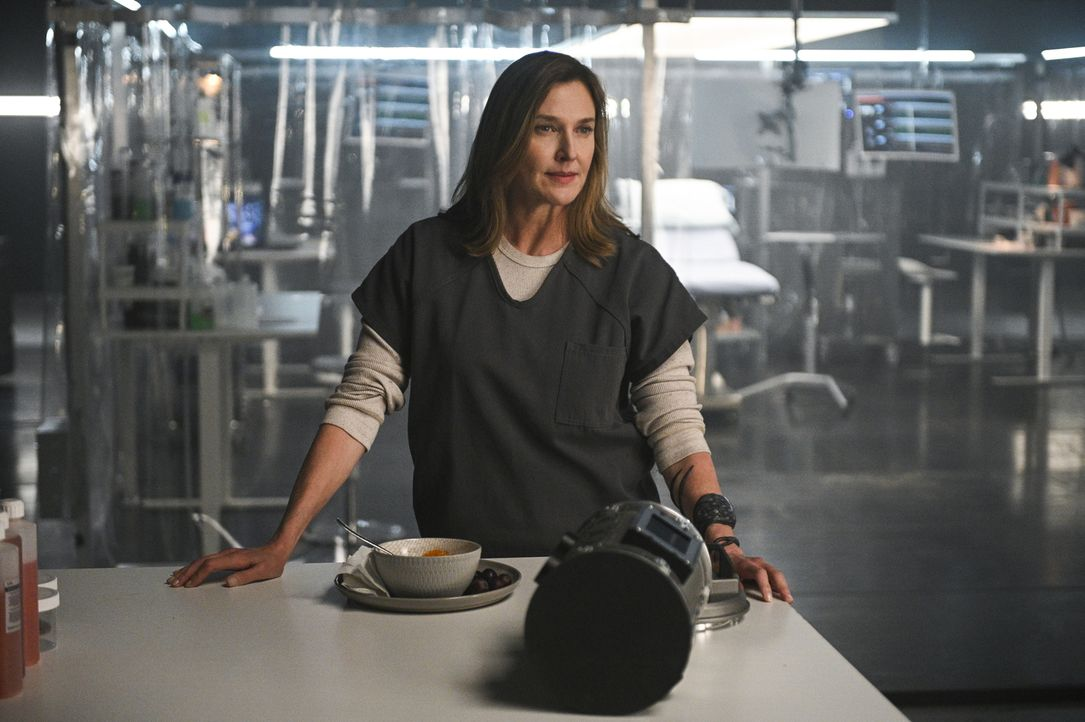 Lillian Luthor (Brenda Strong) - Bildquelle: Sergei Bachlakov 2018 The CW Network, LLC. All Rights Reserved.