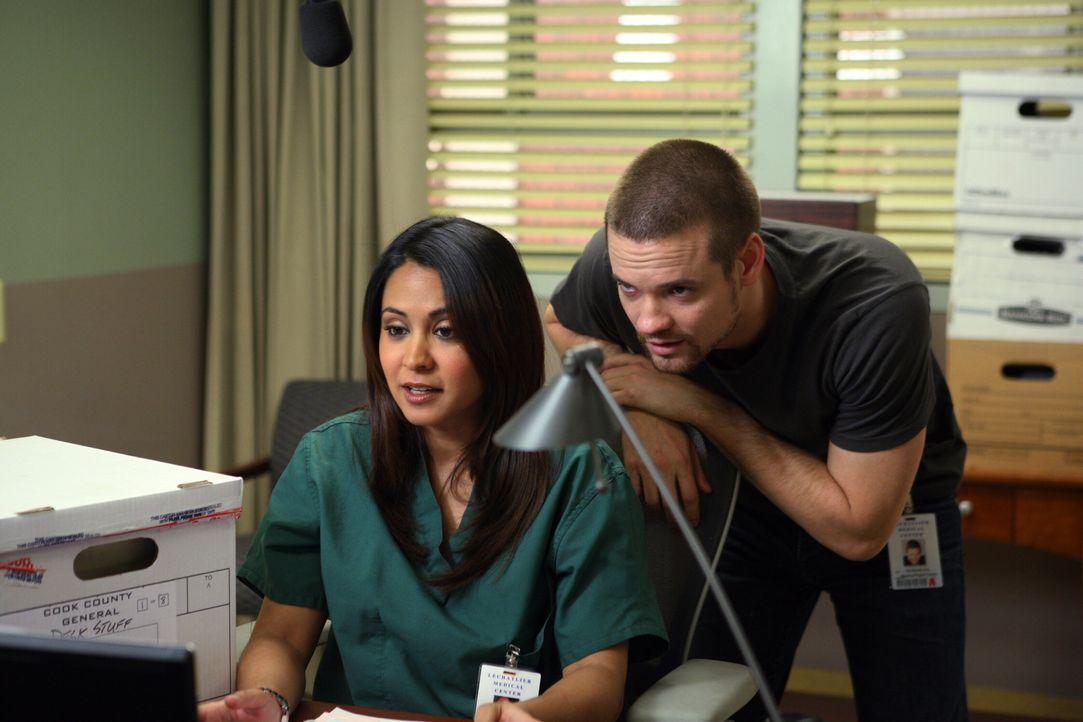 Neuanfang: Neela (Parminder Nagra, l.) und Ray (Shane West, r.) genießen ihr neues, gemeinsames Leben im Rehazentrum ... - Bildquelle: Warner Bros. Television