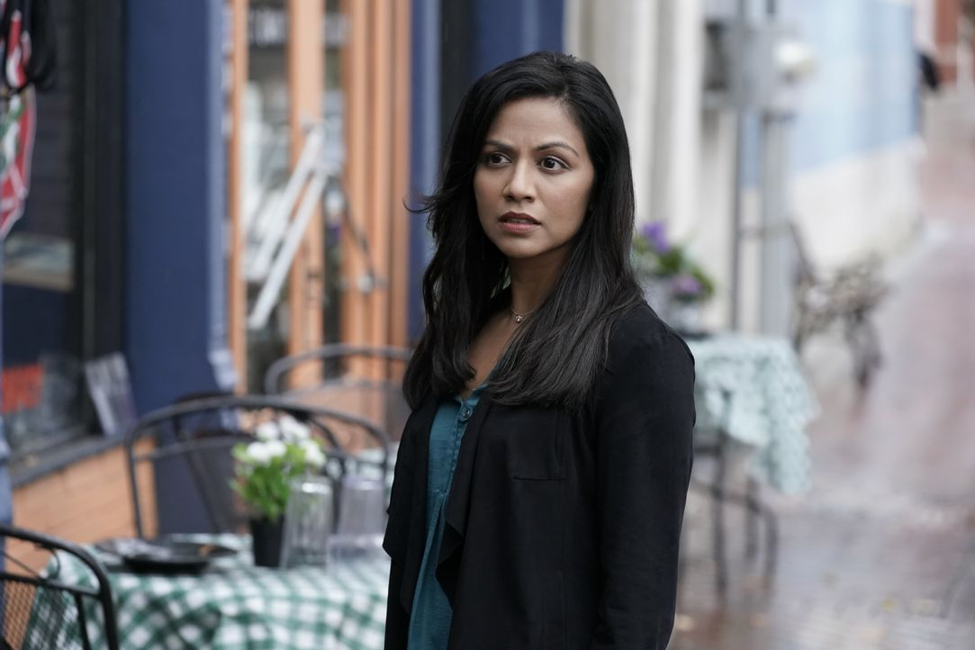 Emma Tig (Karen David) - Bildquelle: Jace Downs 2019 The CW Network, LLC. All rights reserved. / Jace Downs