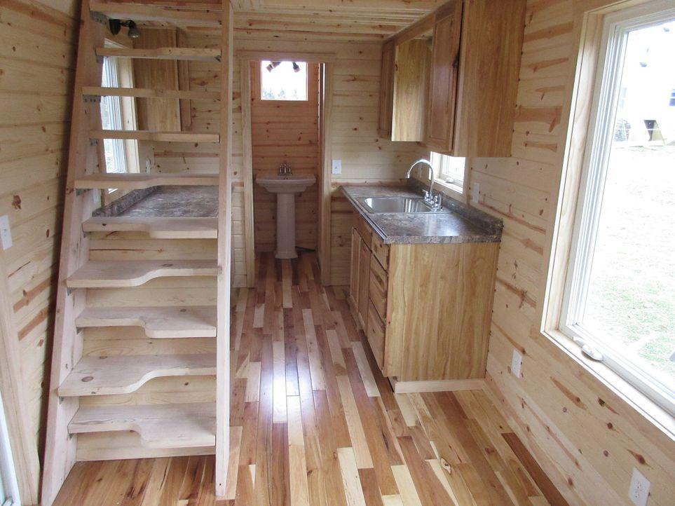 Ein mobiles Minihaus, das dennoch über eine voll ausgestattete Küche verfügt - so der Wunsch der Käuferin Nicki. Ist diese Küche groß genug oder nim... - Bildquelle: 2014, HGTV/Scripps Networks, LLC. All Rights Reserved