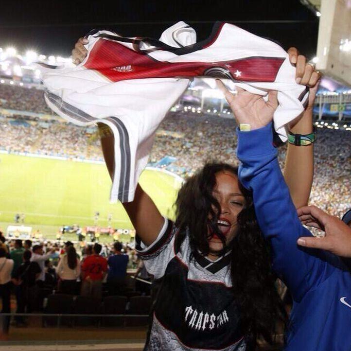 Rihanna: TOP 10 Twitter-Bilder zum WM-Sieg-2014 - Platz 9 - Bildquelle: Twitter (rihanna)