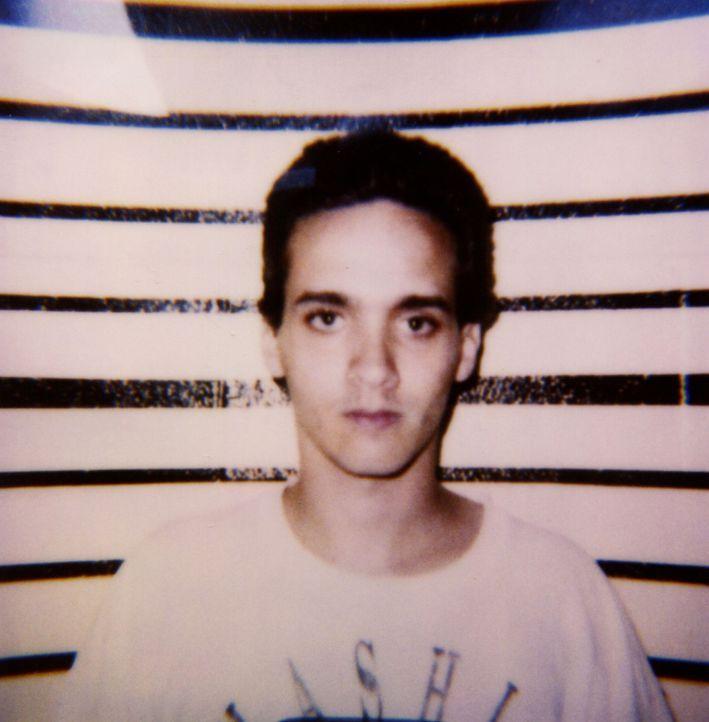 Schon früh hatte Ben Darrus mit Drogen, dem Suizid seines Vaters und einem angeblichen Neustart in einer anderen Stadt zu kämpfen. Schließlich entsc... - Bildquelle: 2016 NBCUniversal Alle Rechte vorbehalten
