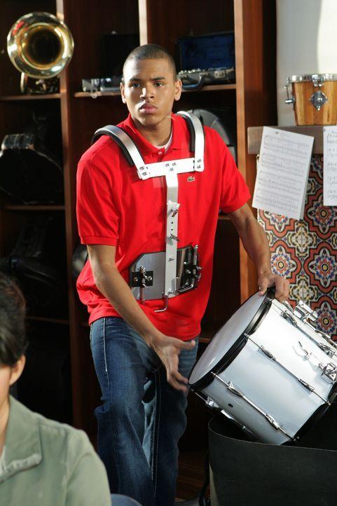 Kaitlin verpatzt ein Referat in der Schule und muss nun mit ihrem Mitschüler Will (Chris Brown) zusammenarbeiten, ein kluger Musikfreak an der Harb... - Bildquelle: Warner Bros. Television