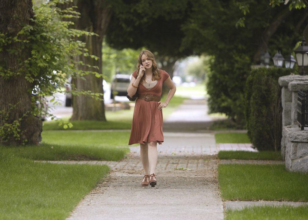 Macht sich Sorgen um Kyle: Lori (April Matson) ... - Bildquelle: TOUCHSTONE TELEVISION