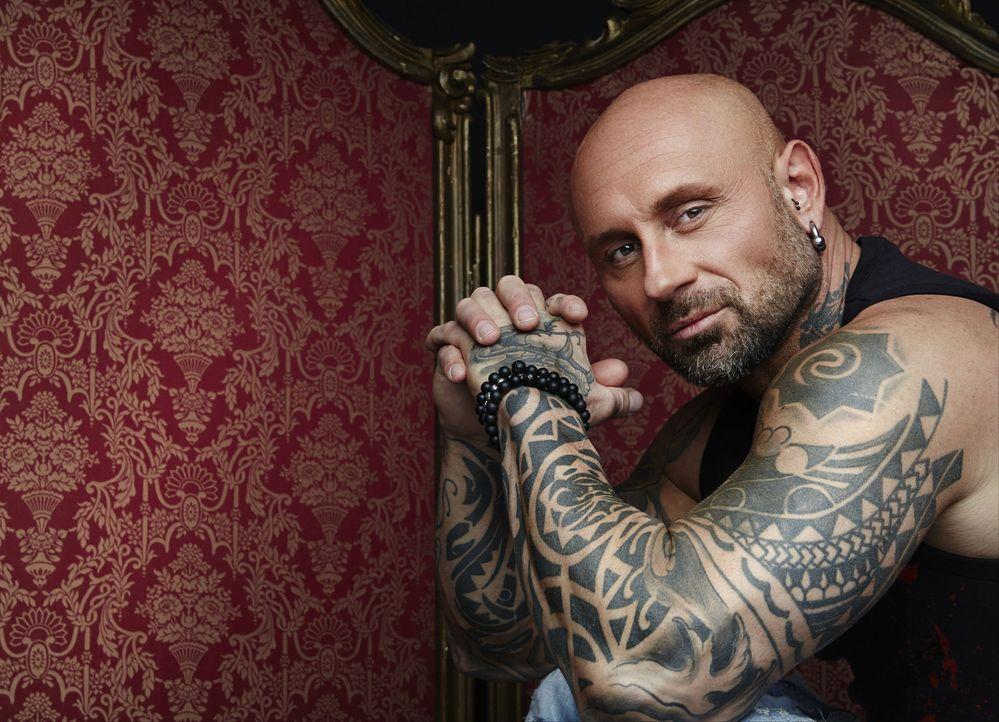 """(1. Staffel) - Ist dieses Tattoo noch zu retten? Bertram """"Berti"""" Krause trennt die tätowierte Spreu vom Weizen ... - Bildquelle: Jens Koch sixx"""