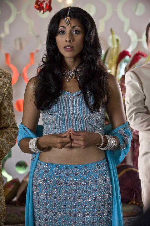 Die Verlobungsfeier ist in vollem Gange: Divya Katdare (Reshma Shetty) - Bildquelle: USA Network