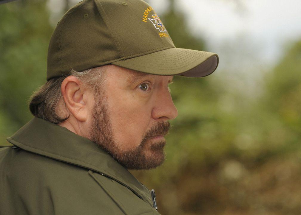 Merkwürdig: Bereits seit einigen Tagen wurde der Pfarrer nicht mehr gesehen. Charlie (Jim Beaver) macht sich auf die Suche nach seinem alten Freund... - Bildquelle: 2009 CBS Studios Inc. All Rights Reserved.