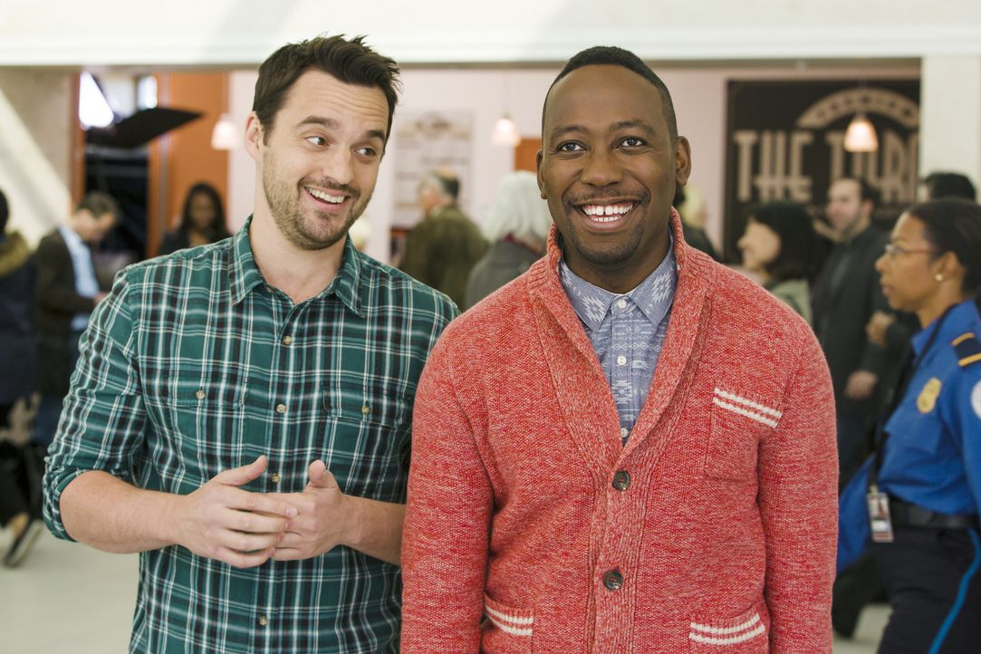 Noch sind Nick (Jake Johnson, l.) und Winston (Lamorne Morris, r.) frohen Mutes ... - Bildquelle: 2014 Twentieth Century Fox Film Corporation. All rights reserved.