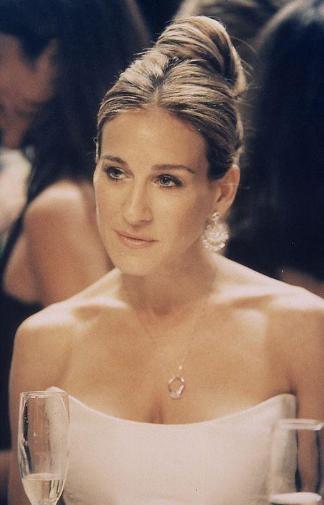 Schließlich bringt Carrie (Sarah Jessica Parker) es über sich, Aidan zu sagen, dass er auf ihr Jawort noch eine Weile warten muss. Aidan willigt zwa... - Bildquelle: Paramount Pictures