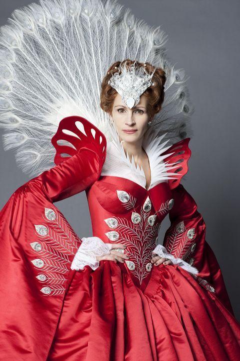 """""""Spiegelein, Spiegelein an der Wand, wer ist die Schönste im ganzen Land?"""" Natürlich die böse Stiefmutter (Julia Roberts) - aber nicht mehr lange ..... - Bildquelle: Jan Thijs STUDIOCANAL"""