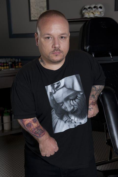 (2. Staffel) - Little Mike liebt es an großen Tattoos zu arbeiten, um sein ganzes Können präsentieren zu können. Seine Konkurrenten sollten nicht de... - Bildquelle: Fernando Leon Spike TV