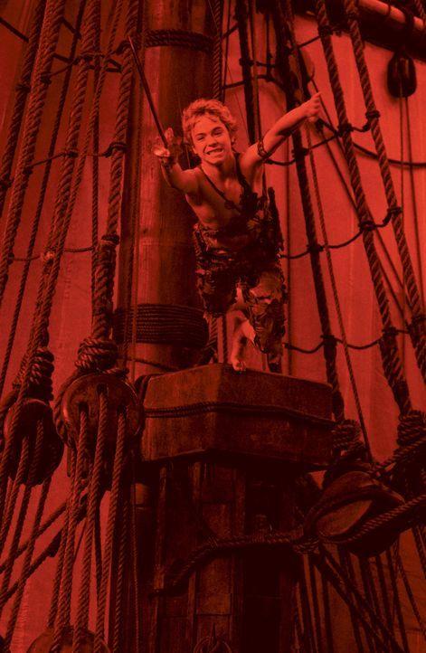 Wendy und ihre Brüder lassen sich auf ein unvergessliches Abenteuer mit Peter Pan (Jeremy Sumpter) ein ... - Bildquelle: 2004 Sony Pictures Television International. All Rights Reserved.