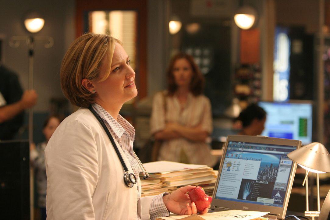 Susan (Sherry Stringfield) ist mit Neela, Abby und Ray was ihre Mentoren betrifft nicht zufrieden und teilt es ihnen auch mit ... - Bildquelle: Warner Bros. Television