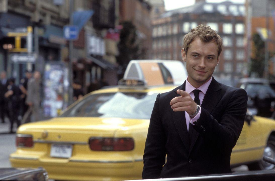 Nach und nach kommen Alfie (Jude Law) Zweifel, ob er sein Leben so weiterführen möchte. Er kommt zum Schluss, dass es so nicht weiter gehen kann u... - Bildquelle: Paramount Pictures