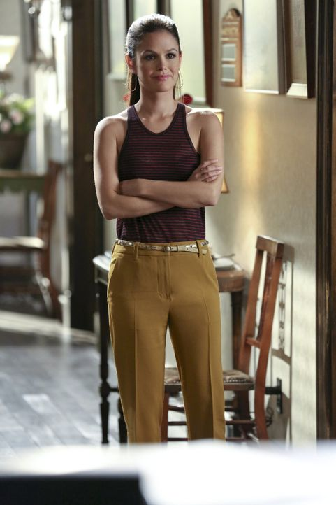 Zoe (Rachel Bilson) kann es einfach nicht lassen, sich in die Angelegenheiten anderer Leute einzumischen und das geht nicht immer gut aus ... - Bildquelle: Warner Bros.