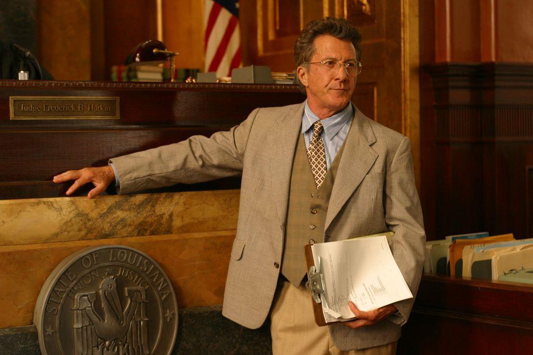 Der moralisch integre Anwalt der Klägerin, Wendall Rohr (Dustin Hoffman), hält nichts von der Überwachung und Einschüchterung der Geschworenen.... - Bildquelle: 20th Century Fox of Germany