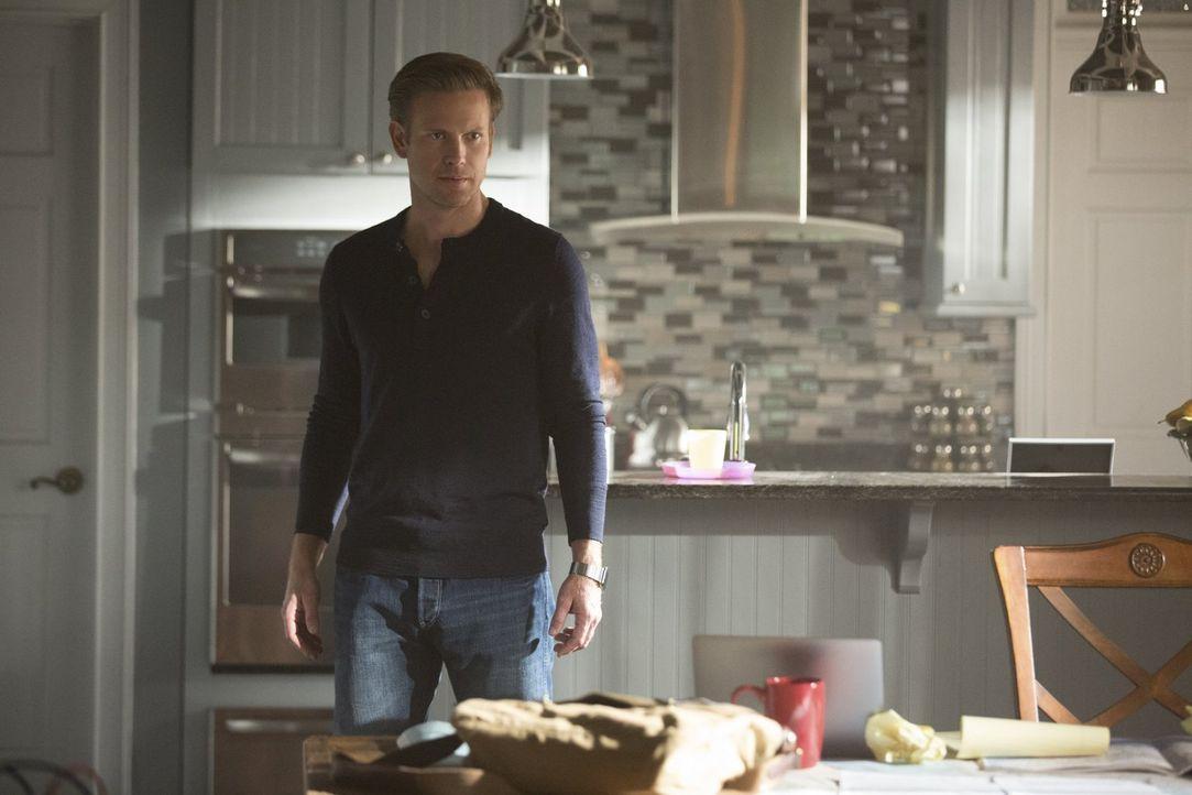 Können Alaric (Matthew Davis) und Valerie Stefan finden, bevor es zu spät ist? - Bildquelle: Warner Bros. Entertainment, Inc.