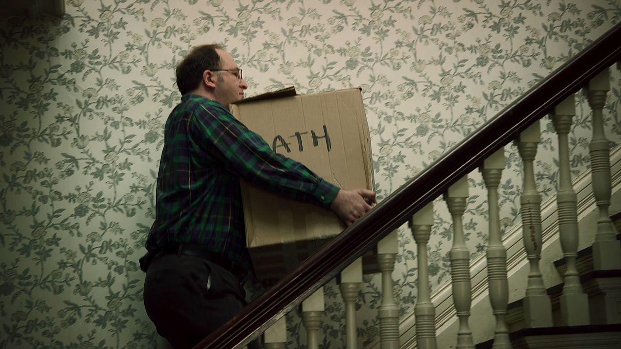 Eine Familie bezieht ein Stadthaus in Brooklyn, New York. Als der Keller fre... - Bildquelle: SYFY MEDIA PRODUCTION LLC 2012. ALL RIGHTS RESERVED.