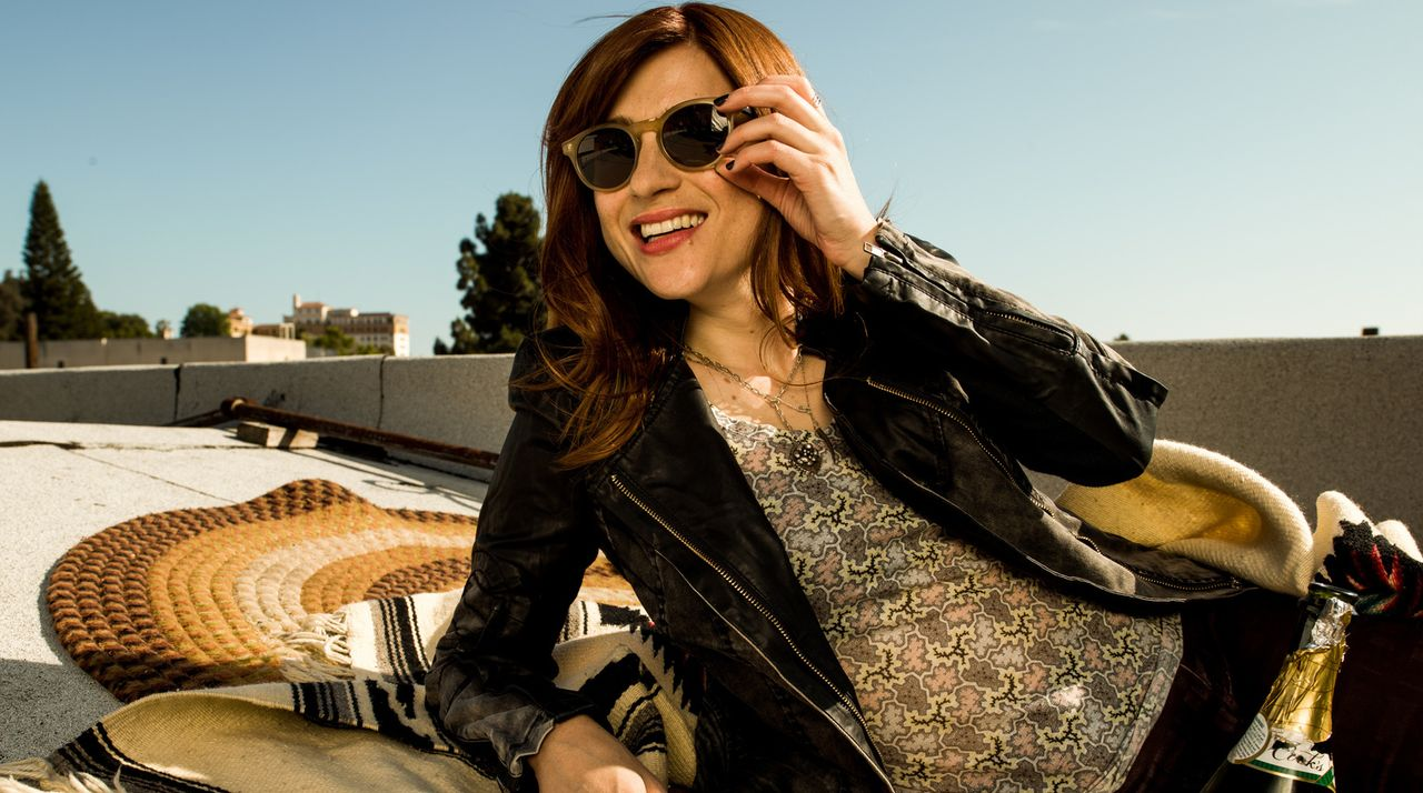 (2. Staffel) - Gretchens (Aya Cash) Leben wird durch das Zusammenziehen mit Jimmy gehörig auf den Kopf gestellt ... - Bildquelle: TM &   2015 Fox and its related entities. All rights reserved.