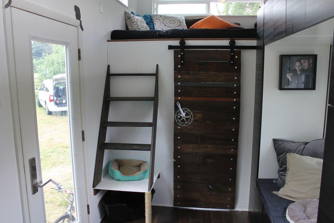 Trevor und Mary bauen ein Minihaus außerhalb von Dayton, Ohio, das auf ihre Bedürfnisse und die ihrer vier Katzen zugeschnitten ist. Überall gibt es... - Bildquelle: 2014, HGTV/Scripps Networks, LLC. All Rights Reserved