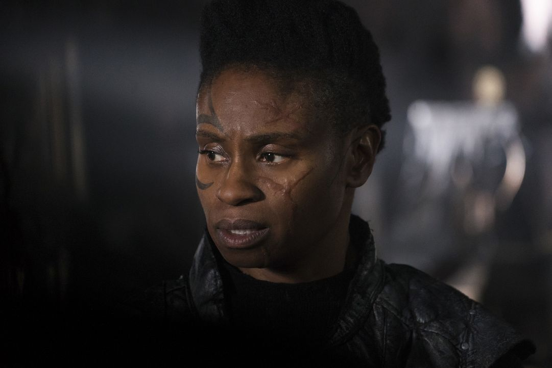 Indra (Adina Porter) - Bildquelle: Katie Yu 2018 The CW Network, LLC. All rights reserved/Katie Yu