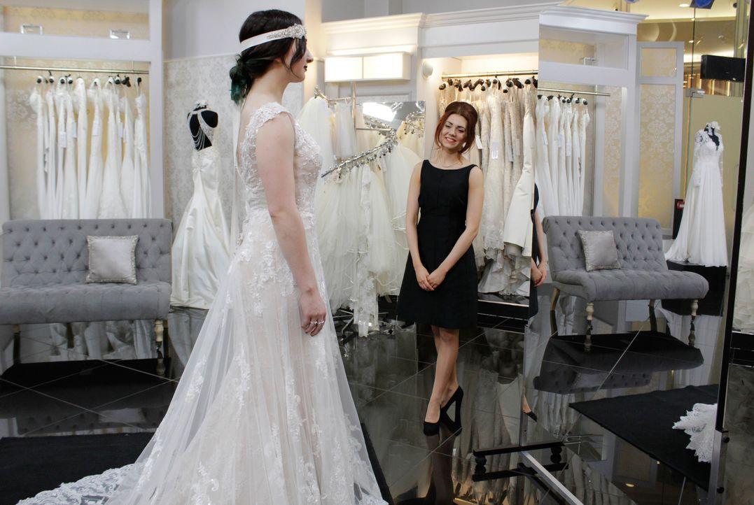 Amy will auf keinen Fall ein traditionelles Brautkleid. Sie sucht nach etwas... - Bildquelle: International Networks & Discovery Communications