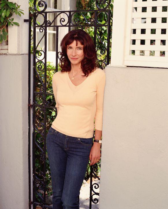 (1. Staffel) - Helen (Mary Steenburgen), Joans Mutter, arbeitet als Sekretärin an ihrer Schule ... - Bildquelle: Sony Pictures Television