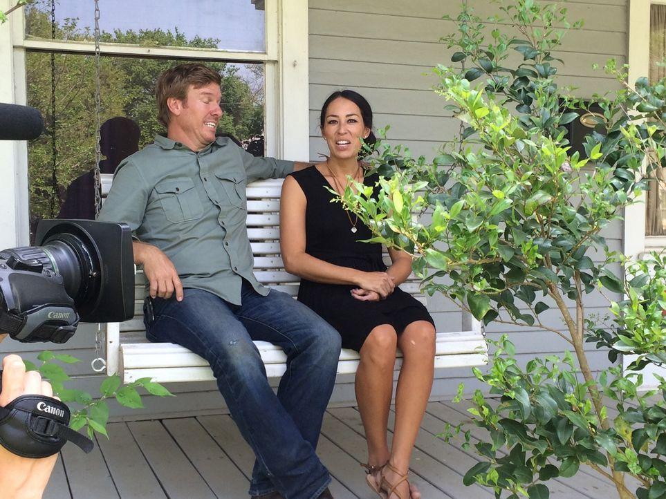 Dieses Mal hat es sich das eingespielte Renovierungstraumpaar zur Aufgabe gemacht, eine Wohlfühloase für die jungen Dansbys in Texas zu gestalten. W... - Bildquelle: 2015, HGTV/ Scripps Networks, LLC.  All Rights Reserved.
