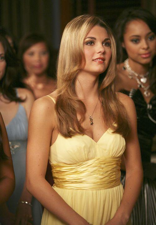 Ist gespannt, wer das Rennen zum Omega Chi Liebling macht: Jen K (Jessica Rose) ... - Bildquelle: 2007 ABC FAMILY. All rights reserved. NO ARCHIVING. NO RESALE.