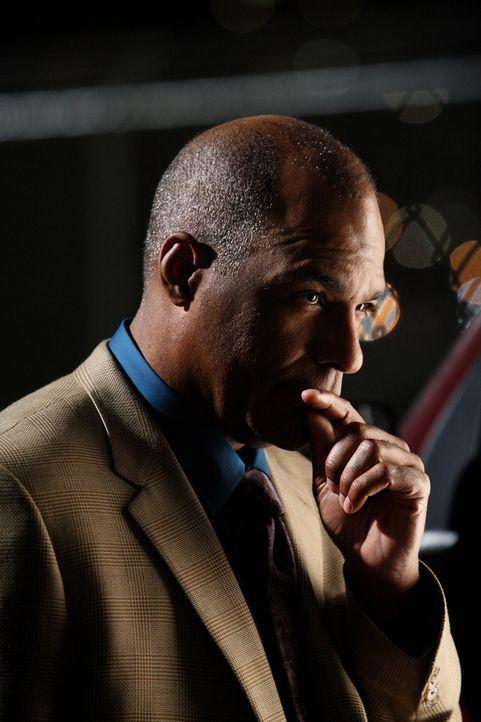 Kann er seinen Sohn aus den Händen der Entführer befreien? Arthur Riggs (Michael Dorn) - Bildquelle: Warner Bros. Entertainment Inc.
