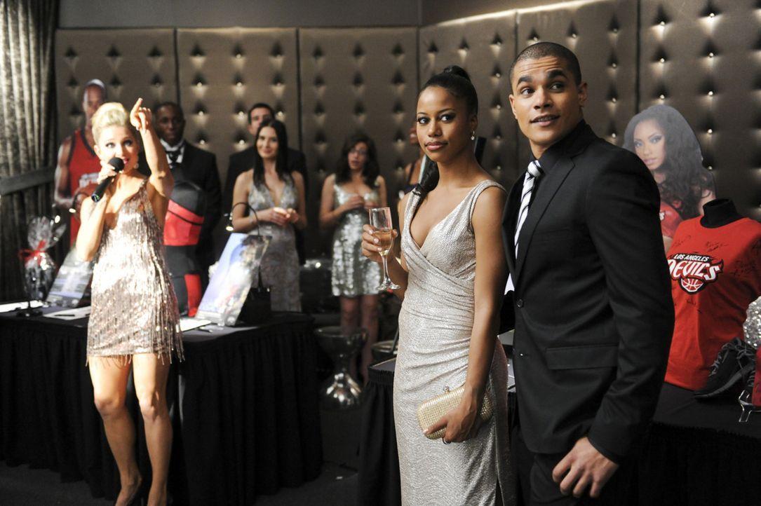 Auf ihrer ersten gemeinsamen Veranstaltung sind Ahsha (Taylour Paige, M.) und German (Jonathan 'Lil J' McDaniel, r.) noch das glückliche Paar ... - Bildquelle: 2013 Starz Entertainment LLC, All rights reserved